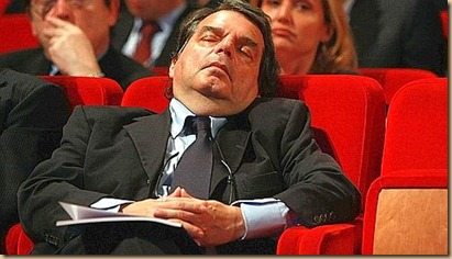Brunetta dorme