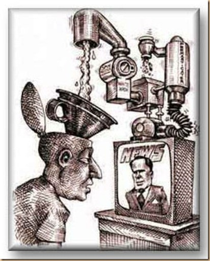 spettatore TV soggiogato e controllato