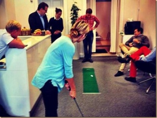 golf-office-slackers-employees