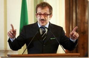 Roberto Maroni ministro premio Nobel per la sveltezza